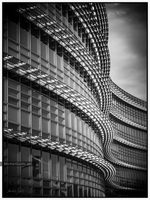 Alcoa Building :: Black and white architecture photography - Artwork © Michel Godts