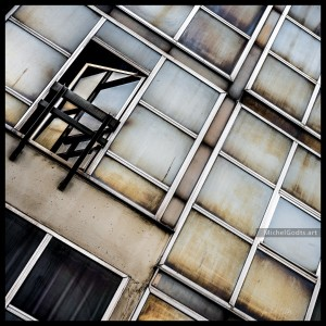 Decayed Glass Panes :: Urban decay photography - Artwork © Michel Godts