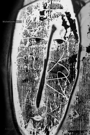 Silver Graffiti Face :: Black and white graffiti photography - Artwork © Michel Godts