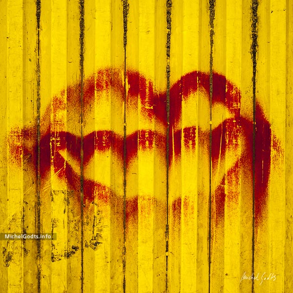 Construction Lips :: Urban Graffiti Photography Wall Art Print - Artwork © Michel Godts