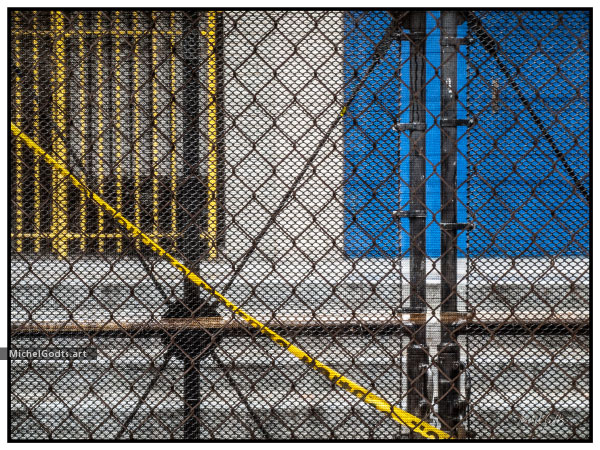 Construction Wire Fence :: Urban abstract realism photography - Artwork © Michel Godts