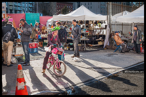 Hell's Kitchen Flea Market :: Urban street photography - Artwork © Michel Godts