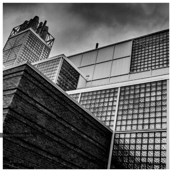 Mudd Chemistry Building :: Black & white architecture photography - Artwork © Michel Godts