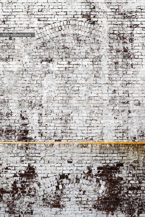 Yellow Strip :: Urban minimalist photography - Artwork © Michel Godts